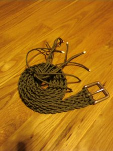 Survivalist 550 mil spec paracord braided belt