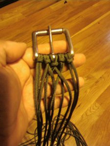 The knots for a paracord belt are simple to start.  Just fold the strands in half and loop them through the buckle.